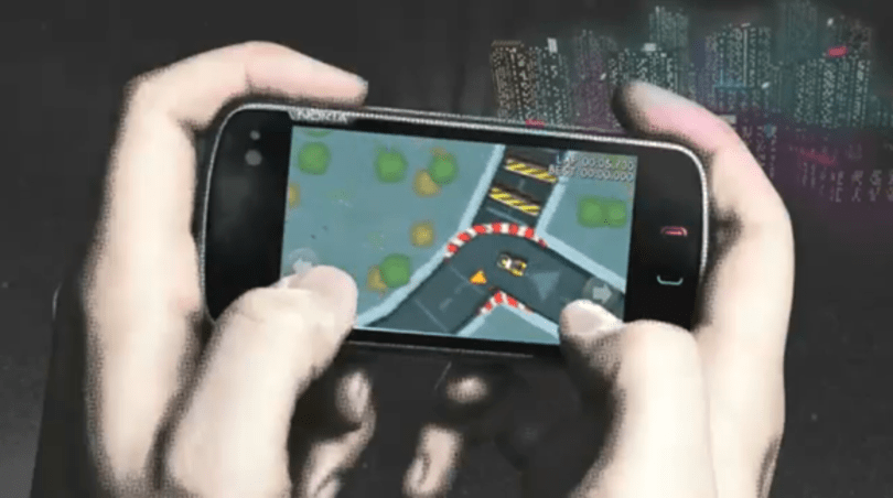 Nokia's new mobile racer turns your neighborhood into a speedway