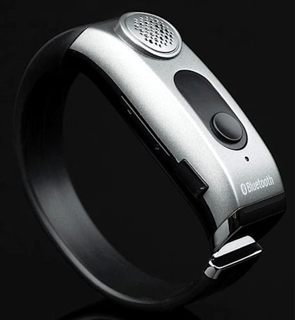 Adtec unleashes Bluetooth wristband, delusions of grandeur