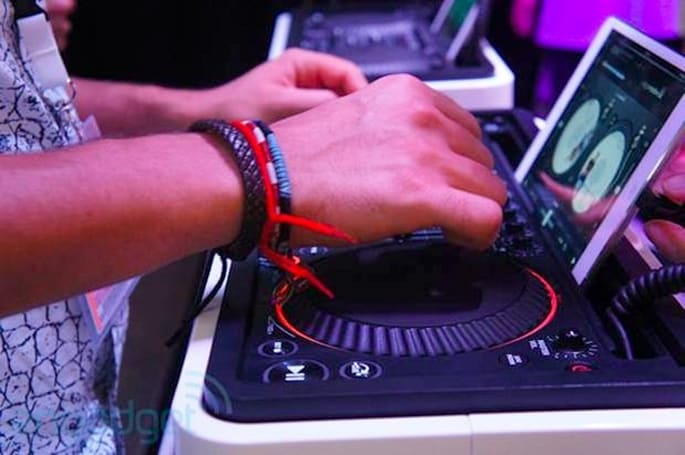 Philips' M1X-DJ portable DJ soundsystem hits IFA, we go eyes-on (video)