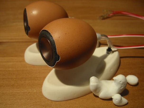 Teensy Weensy eggshell speakers, perfect for all the king's men