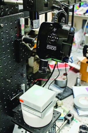 Grad students forge digital light projector into medical imaging device, can't find dates
