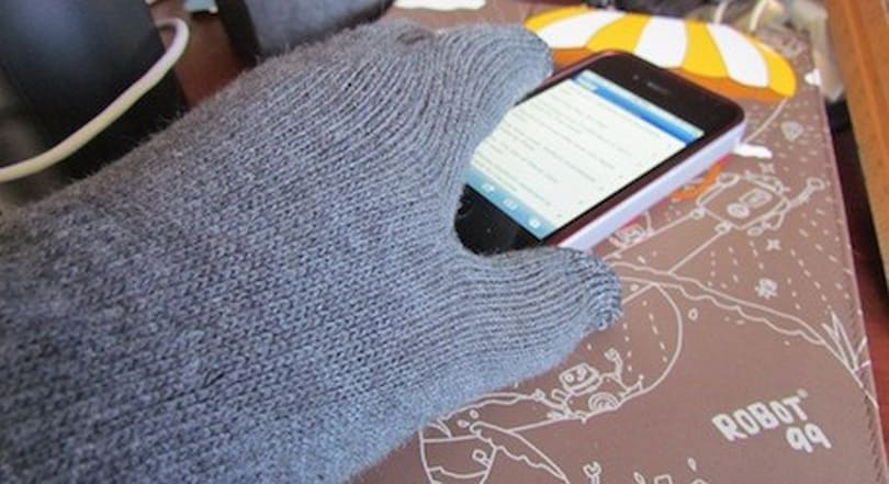 Newer Technology's NuTouch Gloves are a warm way to use your mobile devices