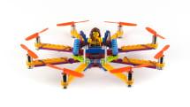 LEGO、空を飛ぶ。自作LEGOをドローン化するキットが販売開始。15分で完成、壊れてもいい設計