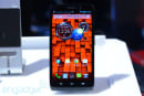 Motorola Droid Ultra and Droid Maxx for Verizon hands-on (video)