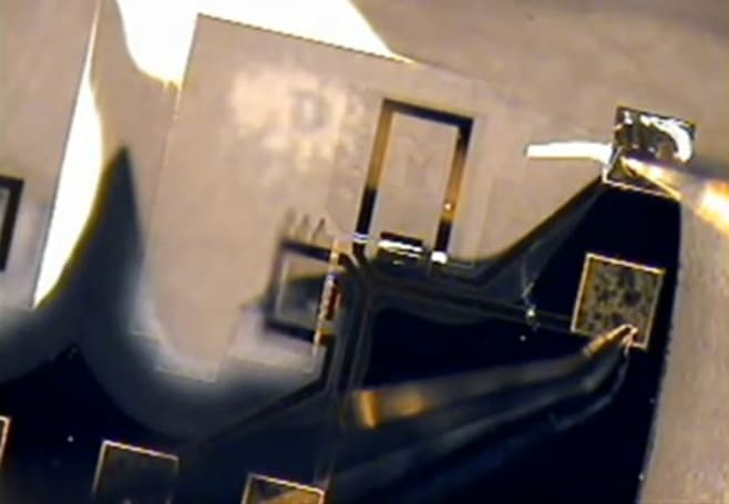 Researchers use nano-origami to build tiny 3D devices