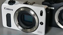Canon EOS M mirrorless camera hands-on (video)
