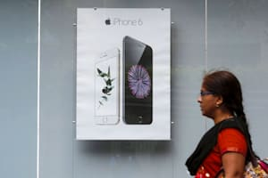 India rejects Apple's plan to import refurbished iPhones