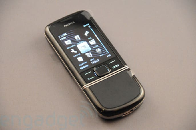 Hands-on with the Nokia 8800 Arte