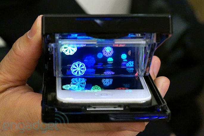 Palm Top Theater turns your iPhone into a mini-3D display