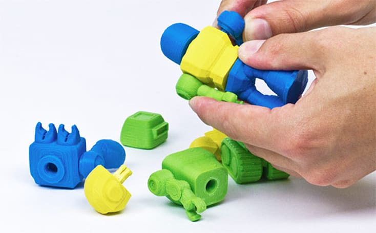 Cubify's 3D-printed toy robots take cues from Lego, sport interchangeable parts