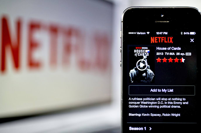 Netflix is the one limiting its video quality on AT&T and Verizon