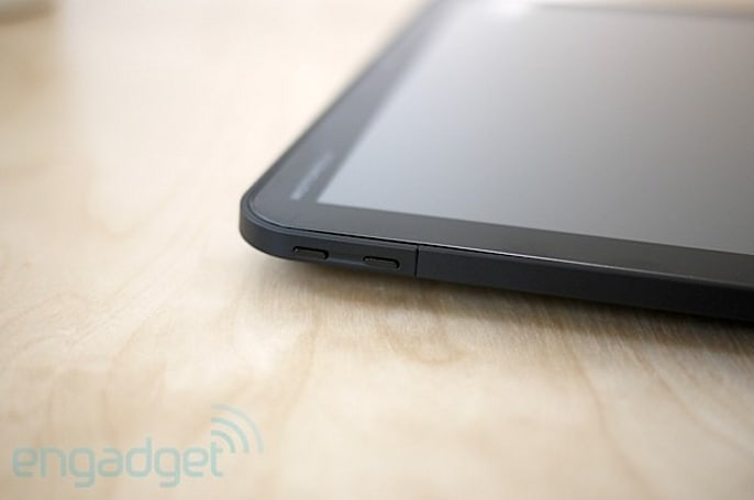 Motorola Xoom WiFi gets first official dibs on Android 4.0.4