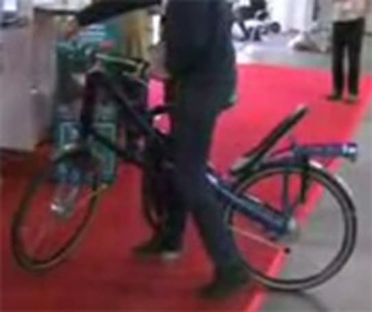 Switchbike goes from bicycle to Chopper in seconds flat