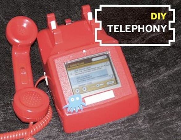 Chumby gets retrofitted into retro telephone, will soon make collect calls