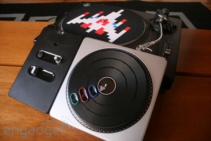 DJ Hero controller hands-on faceoff with an SL-1200MK2