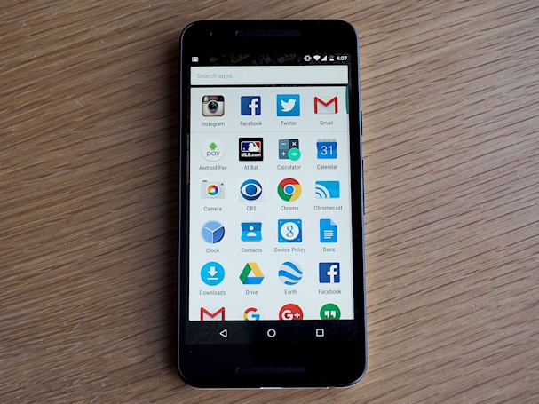 Google Now launcher forces Android apps to literally fit in