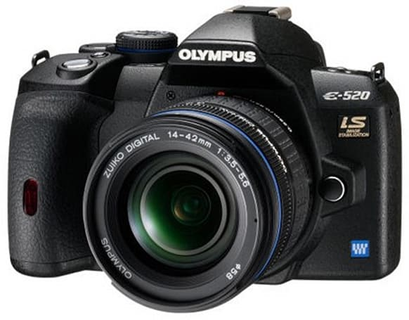 Olympus' 10MP EVOLT E-520 DSLR gets reviewed