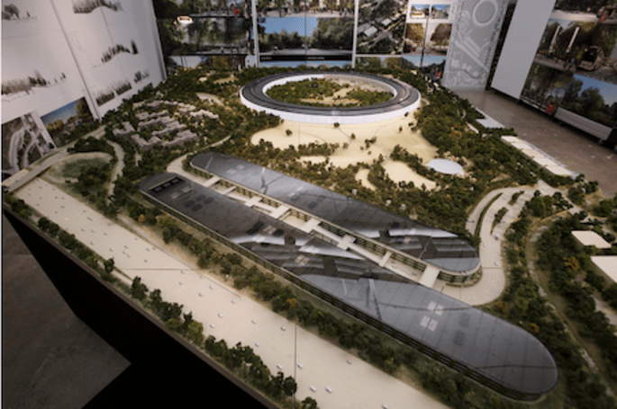 Apple Campus 2 model unveiled by CFO Peter Oppenheimer