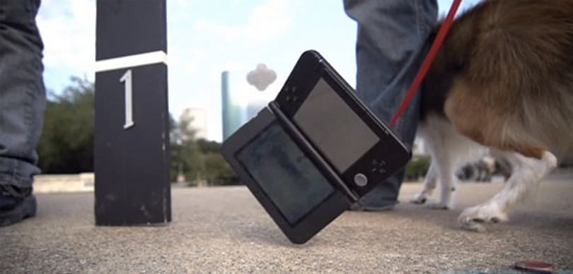 3DS XL collides with concrete, lives to tell the tale