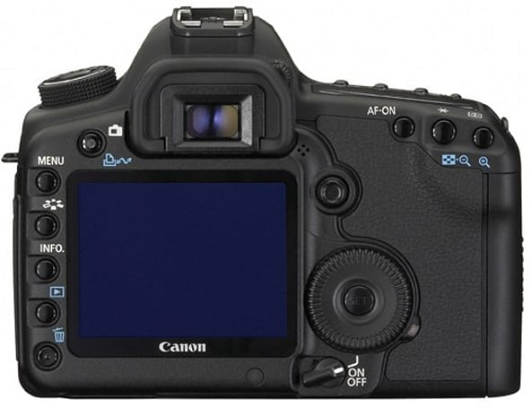 Canon EOS 5D Mark II firmware update cures 'black dot' ailment