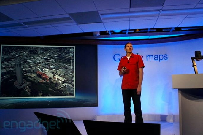Google drops cost of Maps API to keep developers, gives Foursquare puppy eyes (update: potentially cheaper)
