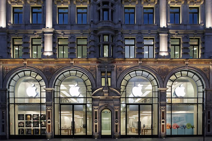 Apple stores now price matching iPads, iPhones and Macs