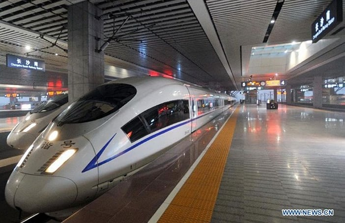 China claims world's longest high-speed rail line, takes travelers 1,428 miles in a workday