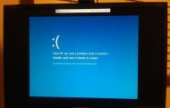 Windows 8 BSoD ditches confusing error codes for uninformative frowny face