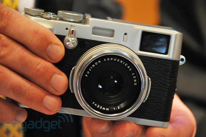 Fujifilm resumes production on X100 cameras, new-age vintage is rolling again