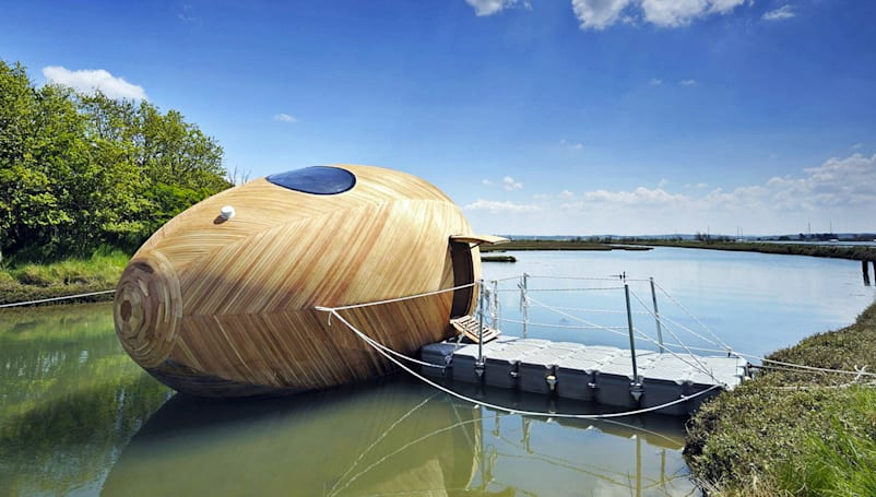 6 floating buildings powered by the sun