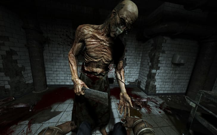 Outlast free on PS4 in February for Plus users, buy extra batteries now