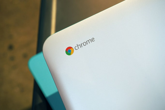 Google swears it won't phase out Chrome OS