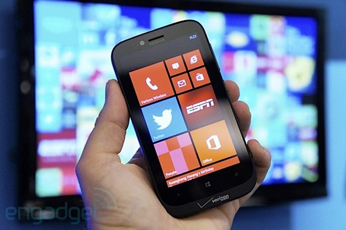 Nokia Lumia 822 for Verizon hands-on (video)