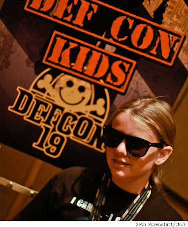 Ten-Year-Old Hacker presents iOS game exploit at DefCon