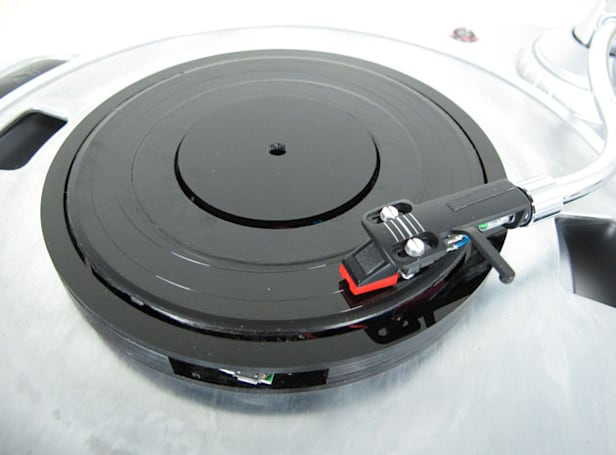 Universal record gives all your music that vinyl sound