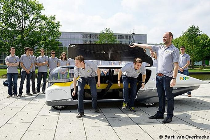Solar Team Eindhoven crafts solar-powered family car (video)