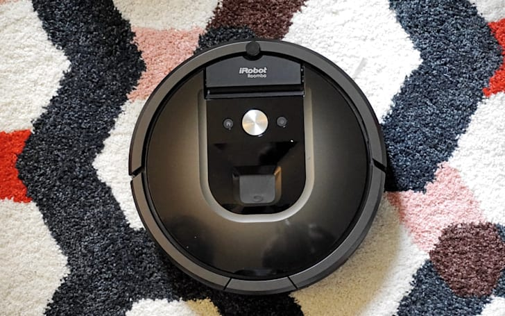 Roomba 980 review: iRobot's best vacuum yet, but too pricey for most