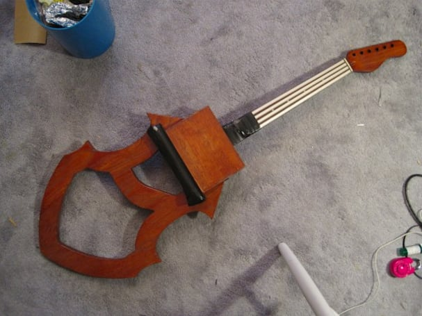 Magnetic Cello almost makes it cool to play the cello (video)