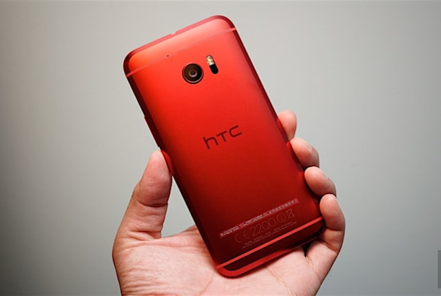 紅色客製款的 HTC 10 到台灣了!(更新:動手玩)