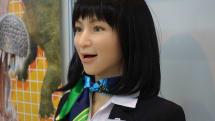 意外と知らないサービスロボットの最前線。2月からは成田空港にガイドロボットが実験導入