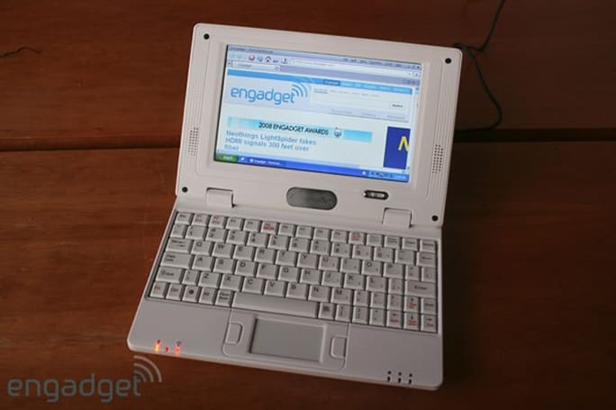 """TNX-9500: the """"world's cheapest laptop"""" live and hands-on"""