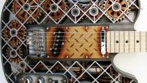 歯車やシリンダーが動くスチームパンク風エレキギター ODD Steampunk 、3D プリンタで製作(動画)