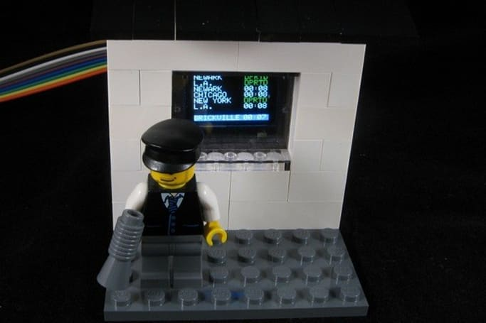 OLED Lego train station emerges from Adafruit and Arduino gear, minifigs to get home on time