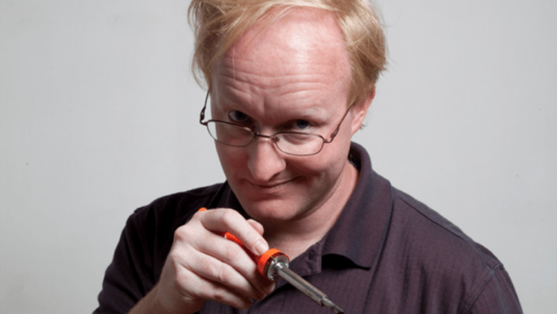 Ben Heck creates automatic Xbox 360 disc changer