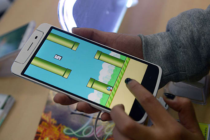 Flappy Bird's coming back, but you probably don't care