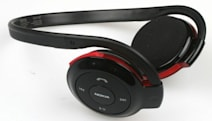 Nokia to early N96 buyers: no phone yet, so here's a headset