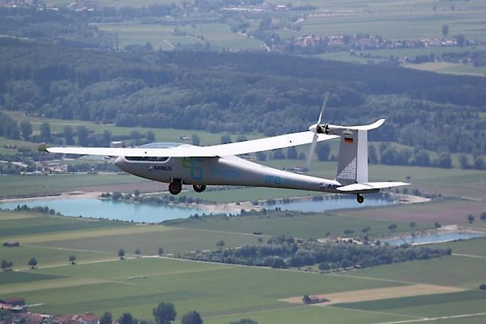eGenius electric plane takes flight with Airbus backing