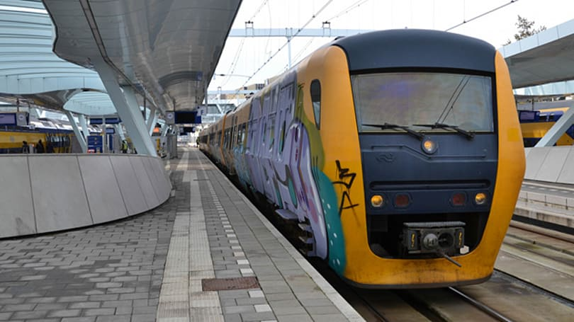 Dutch trains get lasers to zap track debris