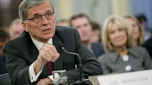 FCC head chastises Verizon for throttling unlimited data plans