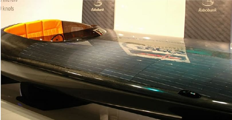 "Czeers shows off ""world's first"" solar powered speedboat"